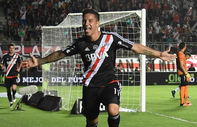 El delantero Sebastián Driussi marcó el gol que abrió el camino al triunfo.