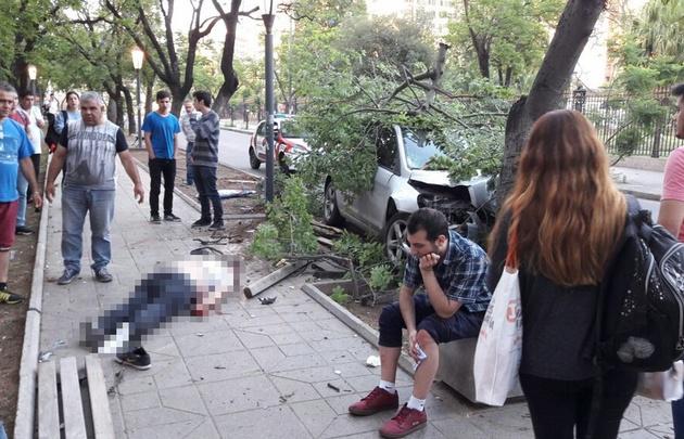 Accidente en Bv. Chacabuco y Derqui, Nueva Córdoba.