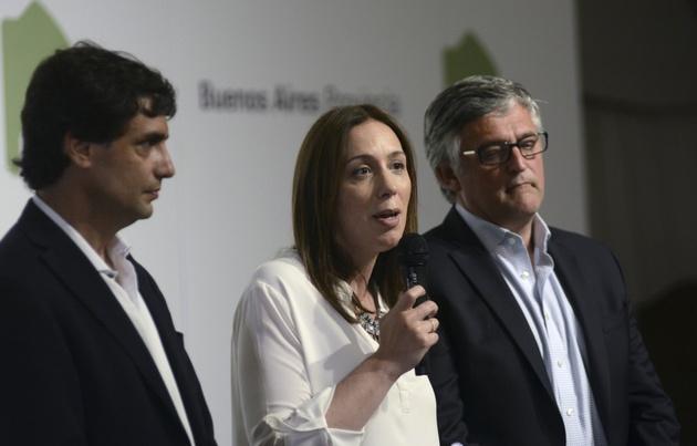 María Eugenia Vidal acordó un aumento del 18% con los estatales.