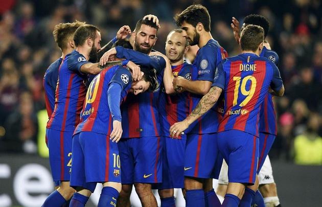 Barcelona goleó 4 a 0 al Borussia.