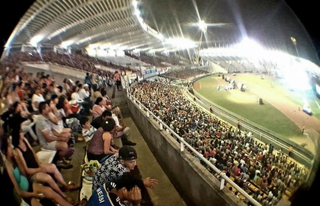 Una multitud disfrutó de la gran fiesta de Juntos en el estadio Kempes.