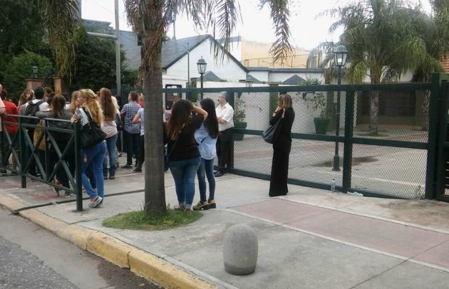 Cerraron la escuela Emilio Lamarca, de barrio Urca en Córdoba.