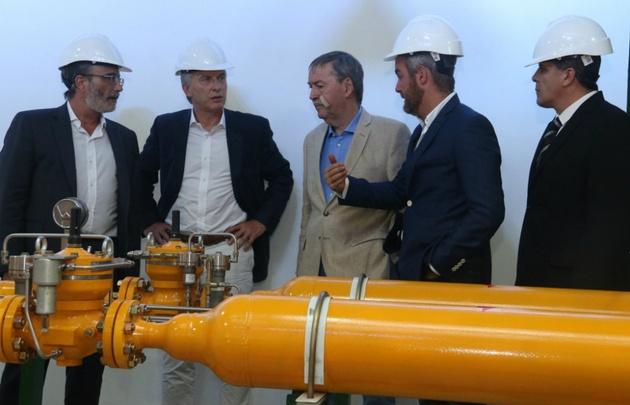 El Presidente y el gobernador, en la inauguración del gasoducto.