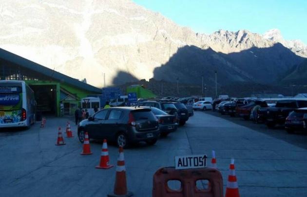 Los funcionarios aduaneros comenzaron el paro en Chile (Foto: Los Andes)