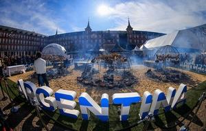 La Plaza Mayor, escenario del gran asado argentino.