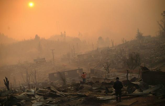 En la localidad de Santa Olga el fuego arrasó con más de mil viviendas.