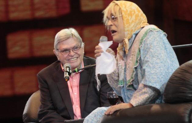 Doña Jovita y Rony Vargas tuvieron una charla como dos viejos amigos.