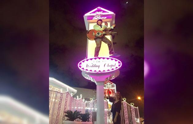 Agustina Vivanco recorrió las capillas de Las Vegas