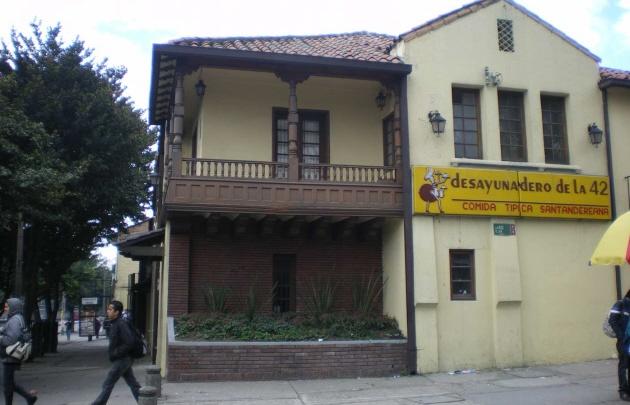 ''El Desayunadero de la 42'', un clásico en Bogotá.
