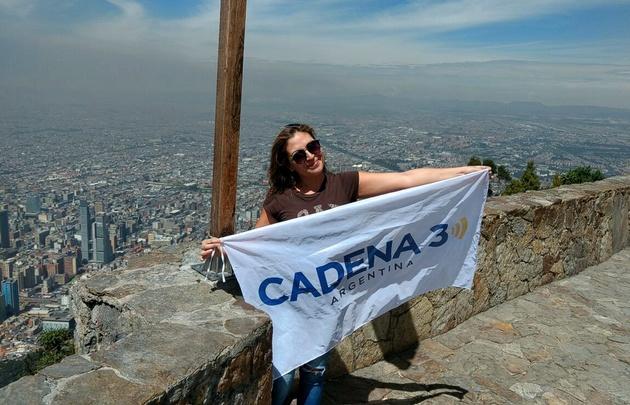 Yeny Ortega subió al Cerro Monserrate en Colombia.