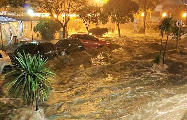 Las consecuencias de la tormenta fueron escalofriantes (Foto: @CarlosPazVivo)