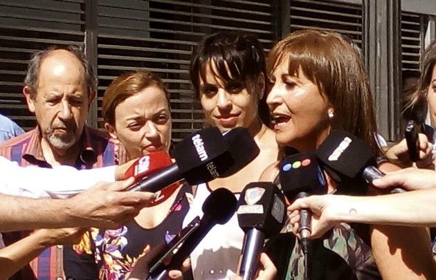 Victoria Donda y Mirta Tundis disconformes tras la reunión con Basavilbaso.