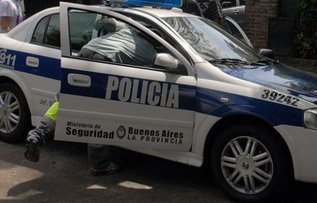 Los delincuentes asesinaron a la docente cuando trataban de robarle el vehículo.