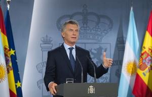 """Macri volvió de España y pidió """"extremar la vocación por el diálogo""""."""