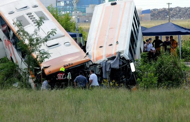 """El accidente ocurrió a 500 metros de la denominada """"curva de la muerte""""."""