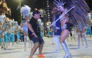 Maradona animó el Carnaval de Corrientes (Foto: El Liberal).