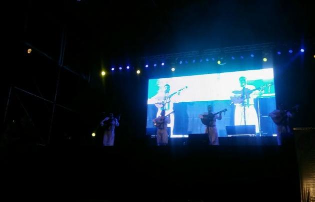 Los Trovadores de Cuyo en plena actuación.