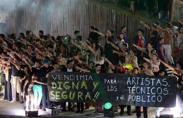 Los artistas expresaron su enojo en el escenario (Foto: Pachy Reynoso-MDZ)