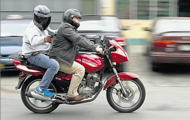 Aseguran que Mendoza logró bajar el nivel de delitos con motos.