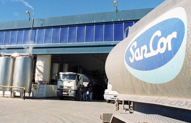 Los choferes de camiones se solidarizan con sus compañeros de Sancor.