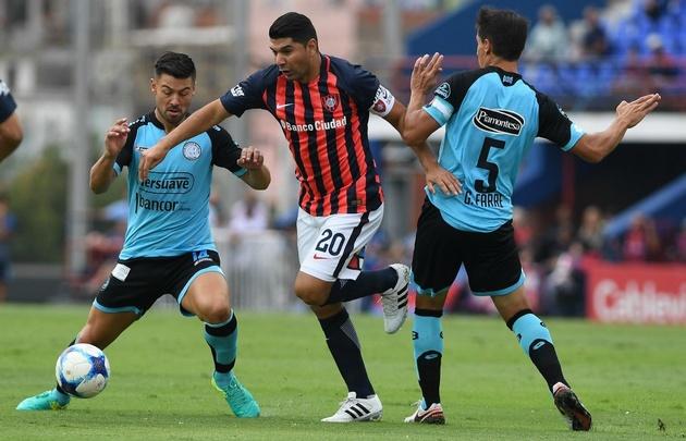 San Lorenzo sufrió, pero venció a Belgrano en el Nuevo Gasómetro.