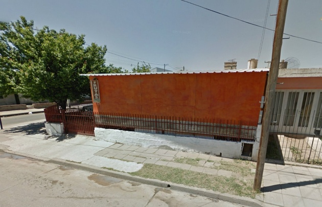 Aún no se sabe cómo ingresaron los ladrones a la vivienda (Foto:Google Streetview)