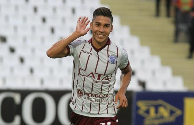 ''Pol'' Fernández marcó los dos goles de Godoy Cruz ante San Lorenzo.