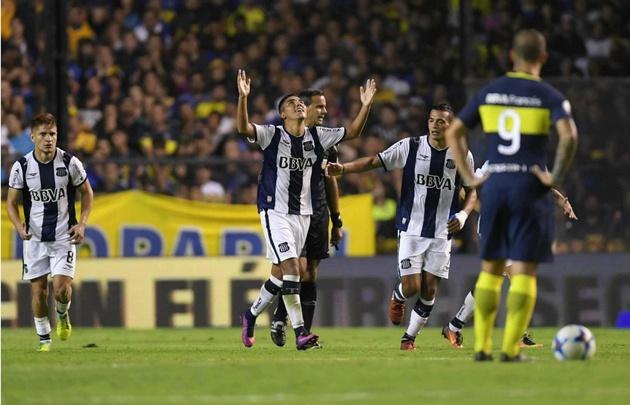 """La """"T"""" le ganó 2-1 a Boca en La Bombonera."""