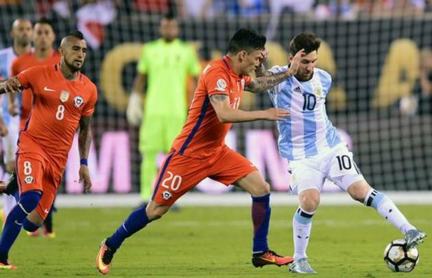 Los número parecen un buen augurio en la previa del partido contra Chile (Foto:AFP)