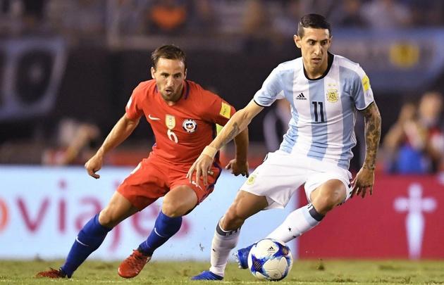 Argentina jugó mal y lo único digno de rescatar fue el triunfo.