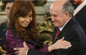 Las escuchas entre CFK y Parrili fueron autorizadas por el juez Ariel Lijo.