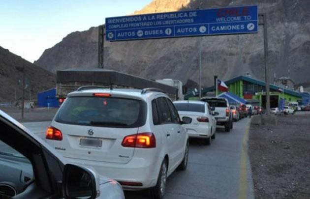 9 mil vehículos que cruzaron al vecino país.