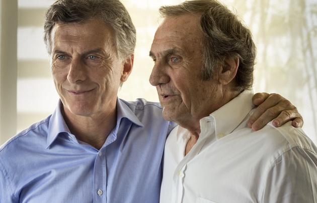 Carlos Reutemann respaldó a Mauricio Macri.