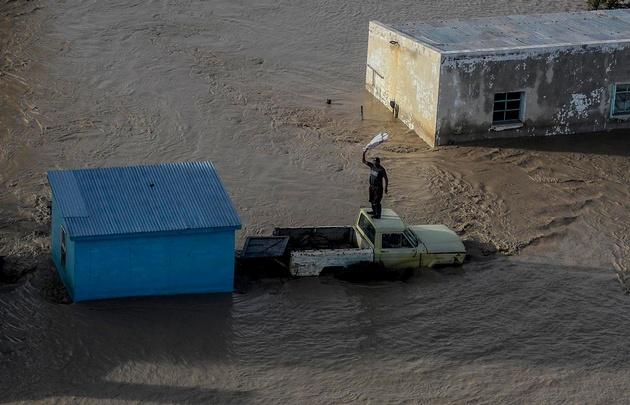 Las lluvias ya destruyeron 2000 casas en Comodoro Rivadavia.