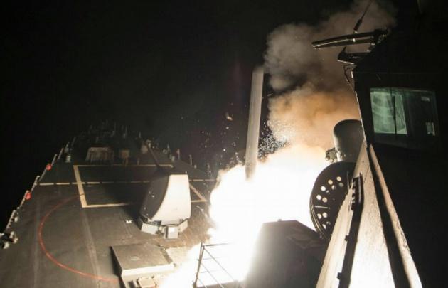 Los proyectiles, lanzados desde destructores de la Marina, son del tipo Tomahawk.
