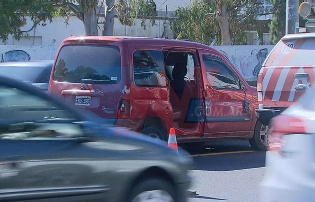 El accidente ocurrió en la autopista Buenos Aires-La Plata (Foto Gentileza TN).