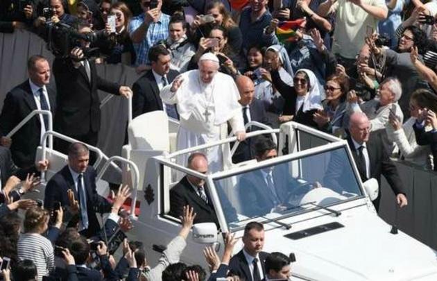 Francisco no visitará a la Argentina el año próximo.