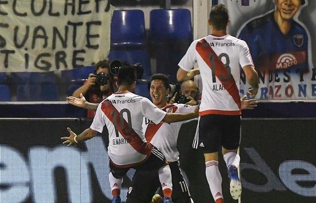 Con su triunfo ante Tigre, River sigue escalando y quedó a seis de Boca.