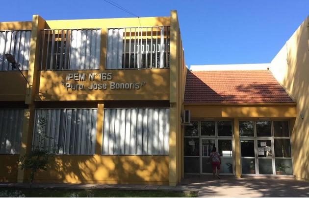 Colegio Bonoris de Colonia Caroya.