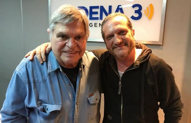 Darío Sztajnszrajber junto a Rony en los estudios de Cadena 3.