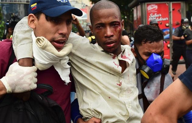 Venezuela está sumida en el caos por los saqueos.
