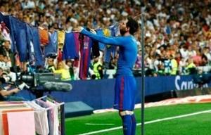 Messi colgando la ropa, uno de los geniales memes.