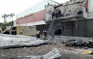 Los ladrones usaron dinamita para volar la bóveda de la empresa Prosegur.