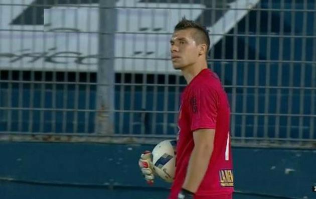 Rigamonti fue la figura del partido ante Talleres.