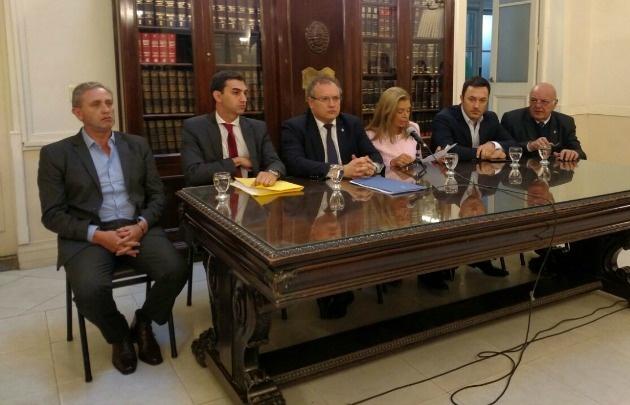 Evalúan en Mendoza el proyecto del trabajo para los presos