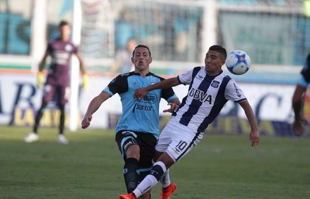Reynoso está en condiciones legales de jugar el clásico ante Belgrano.