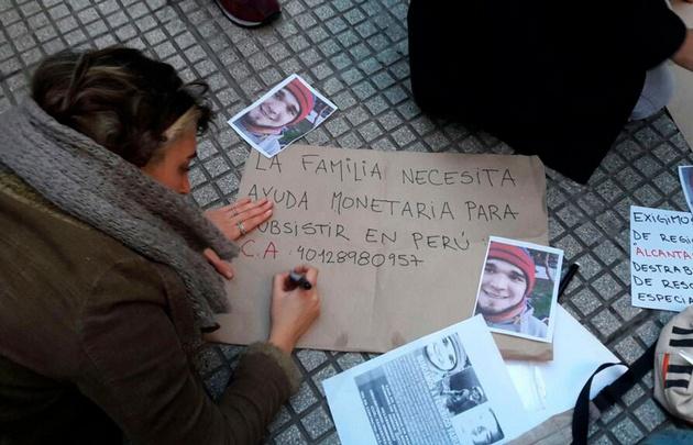 Hoy hubo una manifestación en el consulado de Perú en Capital Federal.