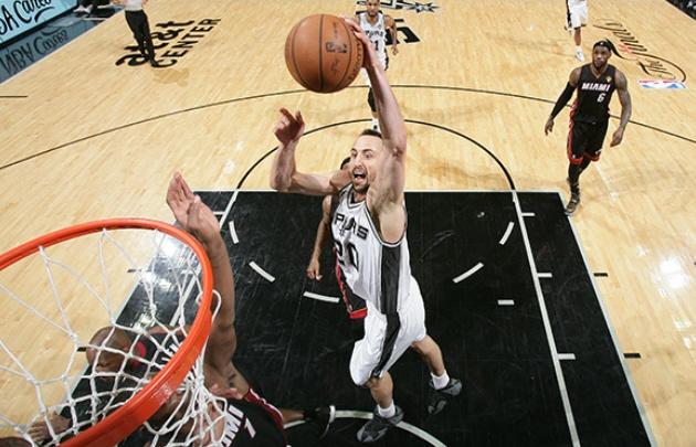 ''Manu'' Ginóbili es ídolo de los Spurs.