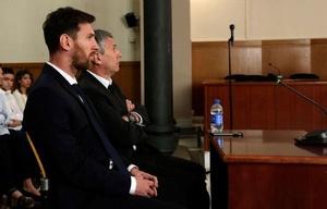 El jugador y su padre, Jorge Horacio Messi, en el juicio celebrado en 2016.