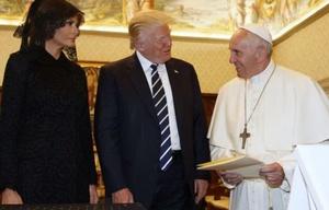 Histórico encuentro entre el Papa Francisco y Donald Trump.